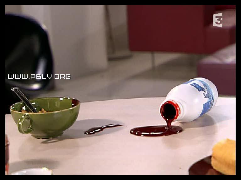 pack de lait avec du sang dedans retrouvé dans le loft de vincent